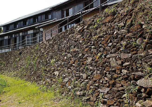 外海・出津地区で見られる通称「ド・ロ壁」